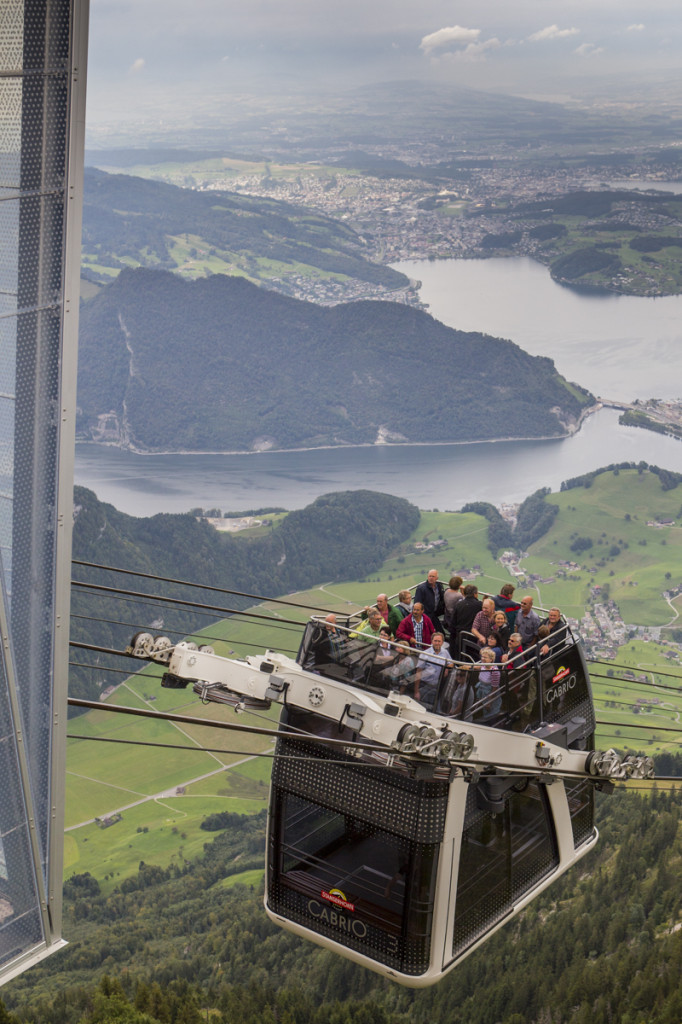 PVO_lanovka_Cable_car_Stanserhorn_lo-res_11