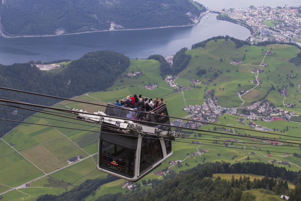PVO_lanovka_Cable_car_Stanserhorn_lo-res_8