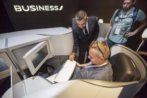 Novou business třídu v letadlech Air France představily aerolinky už v květnu na výstavě k 80. letům AF v Šanghaji.