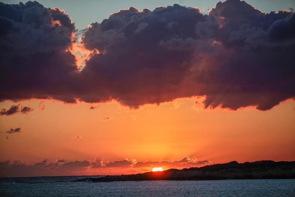 I takové západy slunce lez zažít na Kypru.