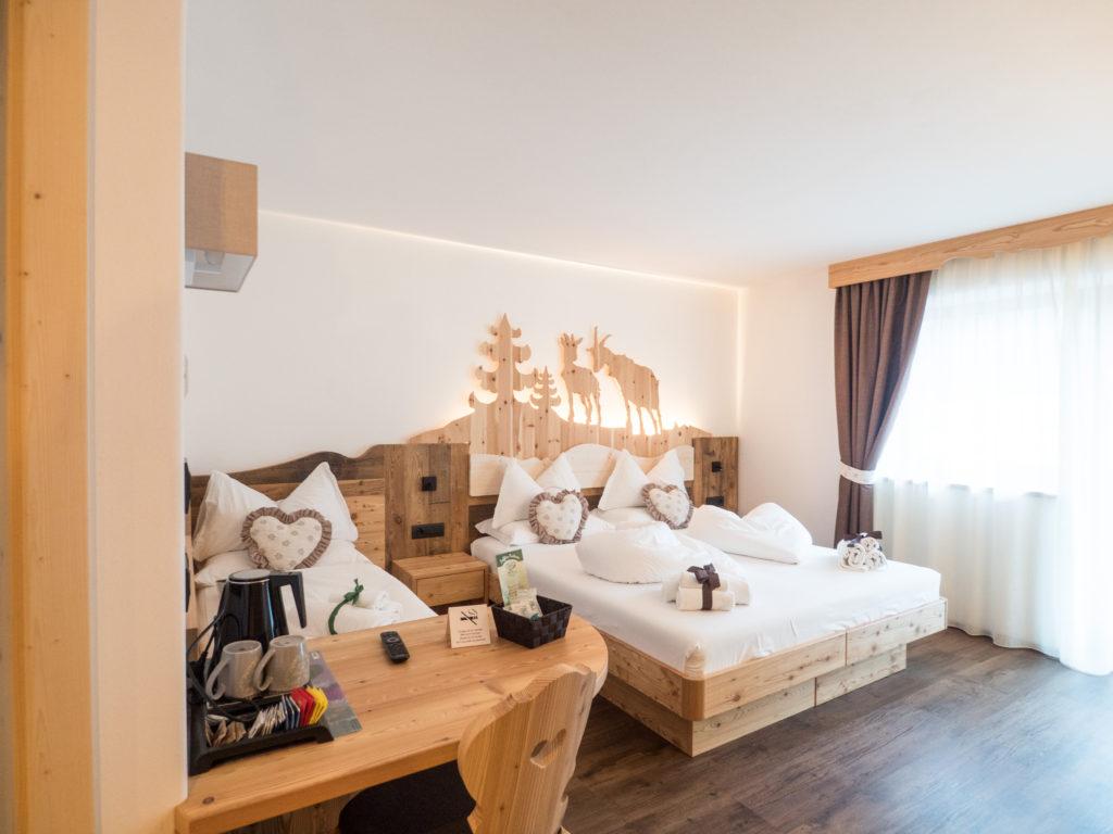 Stylový pokoj v penzionu Agritur Piascina s úžasnou výzdobou
