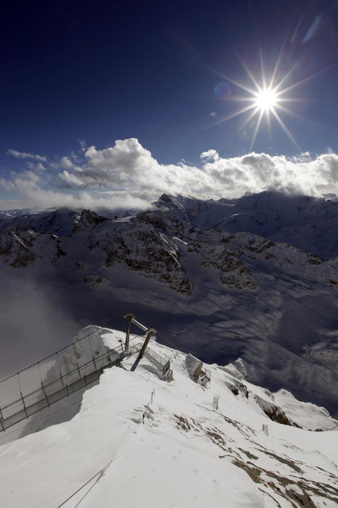 most v zasněžených horách