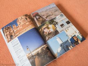Spousta barevných fotek, které rozhodně navnadí k návštěvě Maroka.