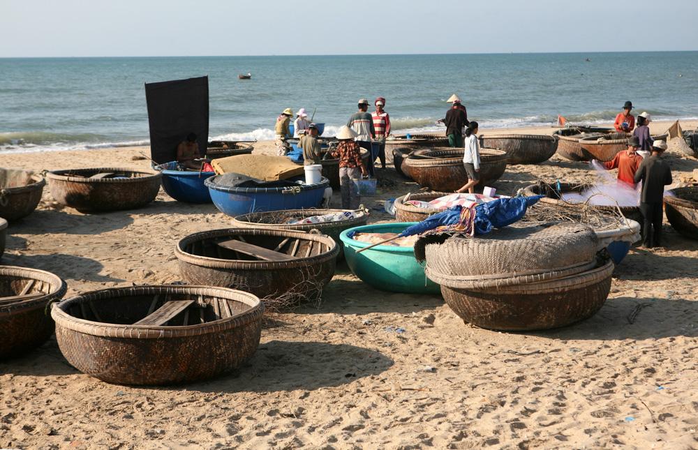Kulaté rybářské loďky.