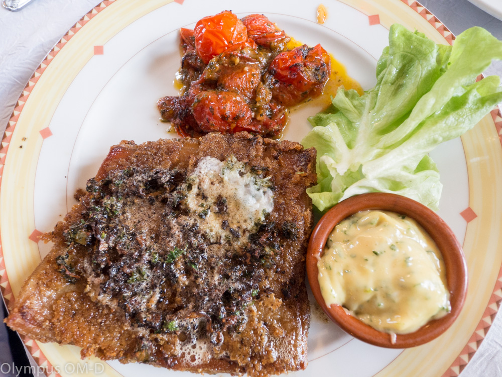 Ani smažené hovězí žaludky - dršťky, nezůstaly ve francouzské kuchyni zapomenuty.