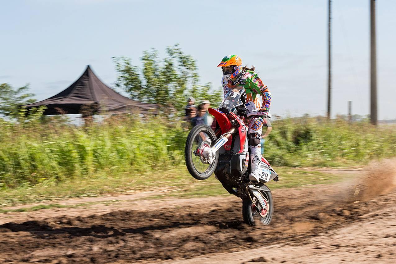Motorka v závodě Rallye DAKAR