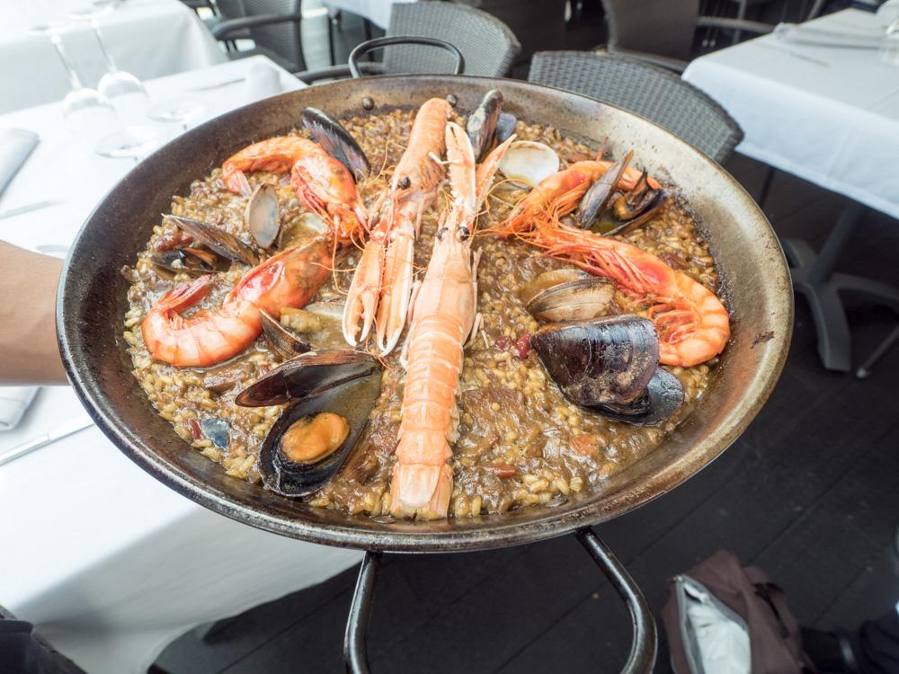 Tradiční španělská paella.