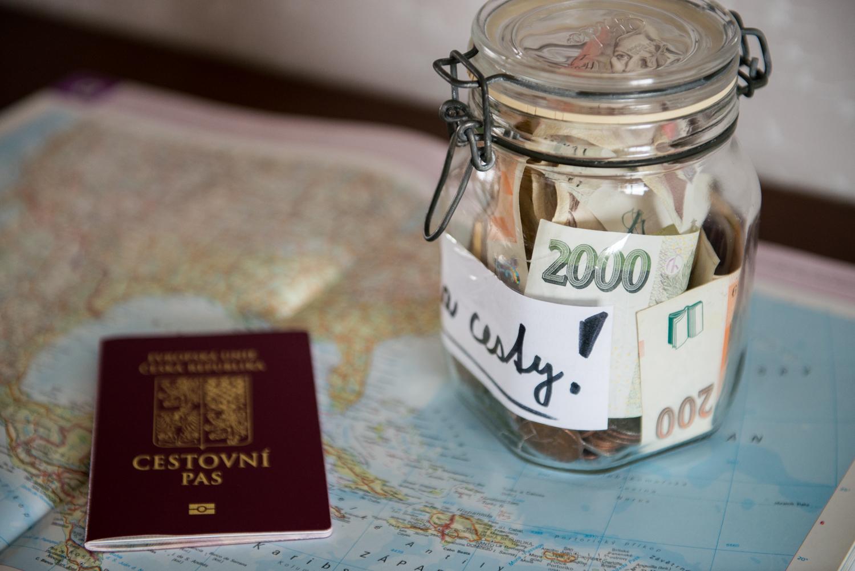 Peníze na cesty.