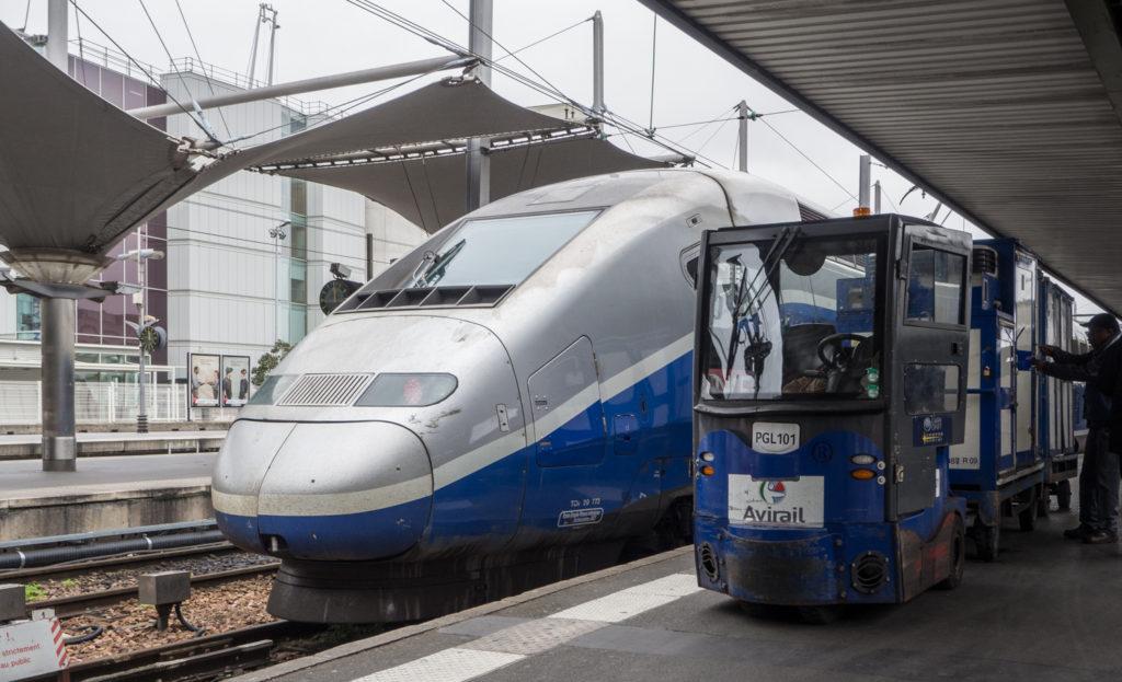 Aerodinamický design vlaku TGV
